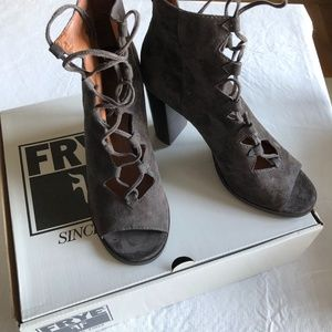 Shoes - Frye Ghillie Booties